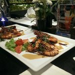 Recommended dish: King prawn with Thai sweet n sour sauce
