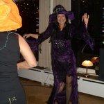 Höhepunkt zu Silvester - Auftritt der Hexe (Chefin)