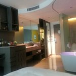 Room 4F