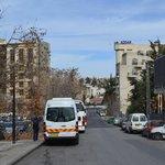 George's Street, в конце улицы, справа Addar Hotel