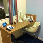 Desk, tea and coffee