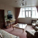Elgar Family Suite, Private Lounge and Entrance