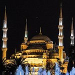 Sultanahmet Camisi / A night view of Blue mosque
