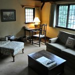 Manor East Suite