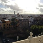 La vue de Seville du toit de l'hôtel