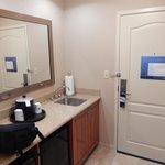 Room 801, Kitchen