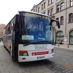 市内で見かけたヨーロッパバスです。