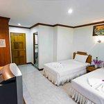 Photo of Baan Paradise Hotel