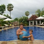 С сыном на бассейне.