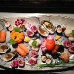 sushi variegated natural colors! with St. Jacques, oysters, pumpkin, trout roe, herring roe