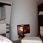 nuestra habitacion con chimenea