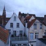 Vue sur les toits depuis la chambre