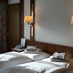 "Hotel ""BERGLAND"""