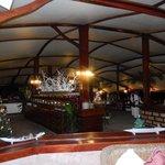 ristorante by night
