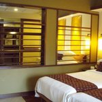 Grand Hyatt Club Room
