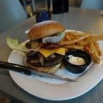 Planet Burger, nur ok, aber super Pommes