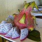 fruta muy rara en el desayuno