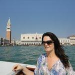 chegante de barco a veneza