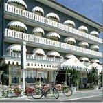 Hotel Doriana Photo