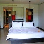 Bedroom (deluxe room No 3408)