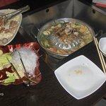Foto de MooJaa, Mookata Thai BBQ Steamboat