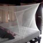 Cama con mosquitero integrado