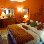 Fernando Botero Room Update 2 Casa Calderoni has qualify the rooms.
