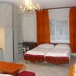 five-bed room