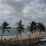 Praia e Avenida Otavio Mangabeira