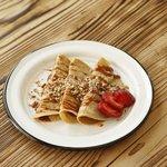 Tacos de cajeta y nuez