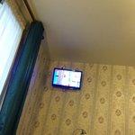 tv a parete (ottima)