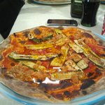 Pizza zucchine e tonno