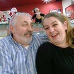 Paolo con una delle cameriere...simpaticissimi