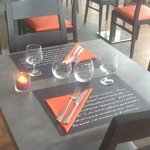 Photo of A table & vous