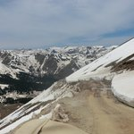 road to Engineer Pass