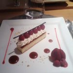 Dessert ispirato all'artista YAYOI KUSAMA