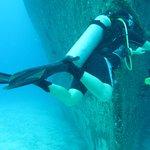 wreck dive photo