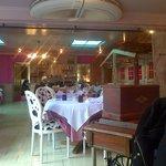 très jolie salle a manger
