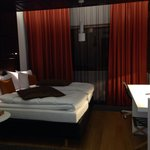 Twin suite- Lovely modern decor n spacious!