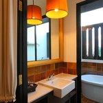 Suite 405 Bathroom