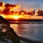 alba dalla panoramica terrazza del Maupiti