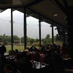 アルパインレストランの大きな窓
