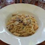 Fettuccine Alla Marinara w/ cream sauce