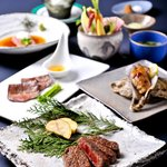 Complete Kobe-beef course \13000