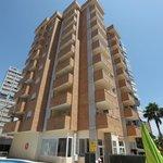 Lateral Apartamentos Benimar