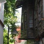 vervallen woning in oude stad
