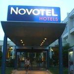 Novotel Chartres: Francia: ingresso hotel