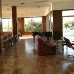 Photo de Hotel Koral