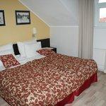 2-местный номер с двуспальной кроватью на мансардном этаже