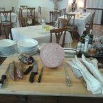 tavolo degli affettati